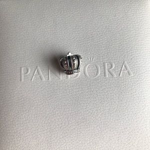 LIKE NEW Authentic Pandora Crown Charm